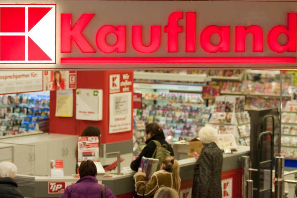 """Kaufland eröffnet einen """"Metal Markt"""" beim Wacken Open Air."""