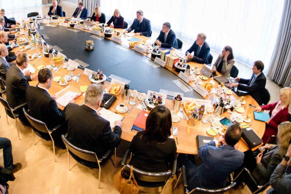 Das bayerische Kabinett spricht auch über mögliche Diesel-Fahrverbote. (Archivbild)