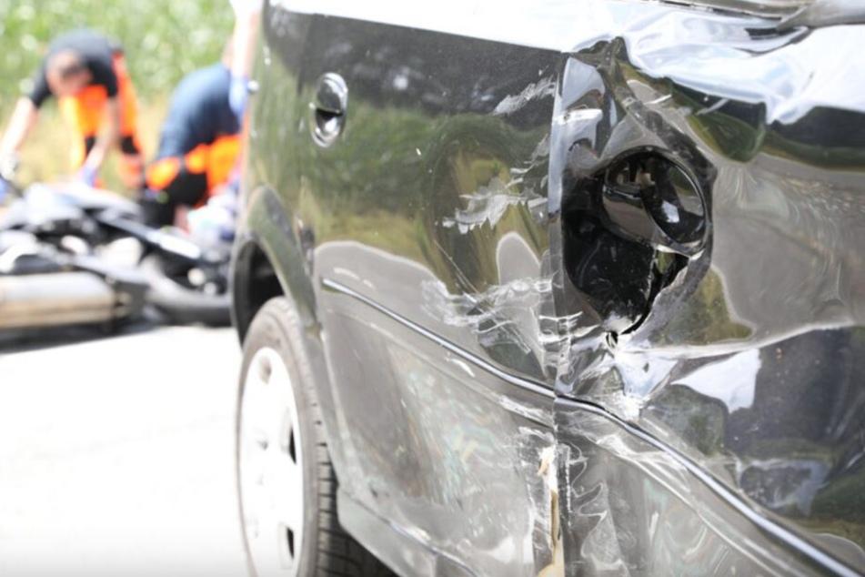 Autofahrer übersieht Biker und fährt ihn tot