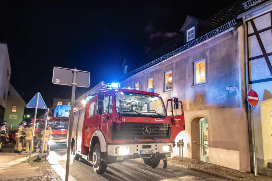 Mehrere Einsatzkräfte der Feuerwehr waren vor Ort.