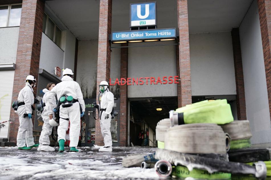 Nach Großbrand im U-Bahnhof Onkel Toms Hütte: U3 fährt wieder planmäßig