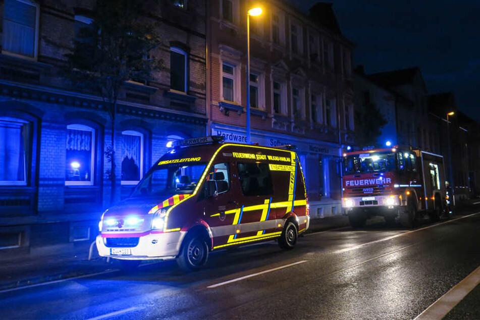 Frau übertreibt es mit Steckdose und löst Brand aus : Drei Verletzte