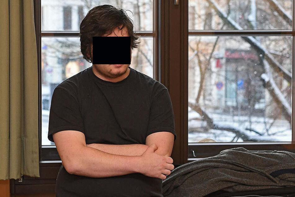 Immanuel T. (20) war bisher nicht vorbestraft. Nun wurde er als Zündler verurteilt.