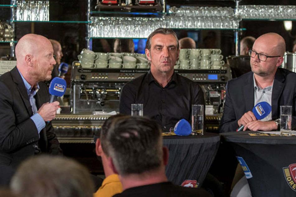 Matthias Sammer (l.) und Ralf Minge plauderten mit Radio-Dresden-Moderator Jens Umbreit über Fußball im Allgemeinen und Dynamo im Speziellen.
