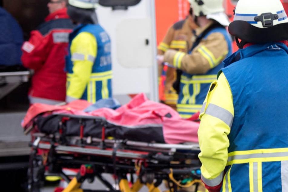 In Bayern ist es zu einem schweren Verkehrsunfall gekommen. (Symbolbild)