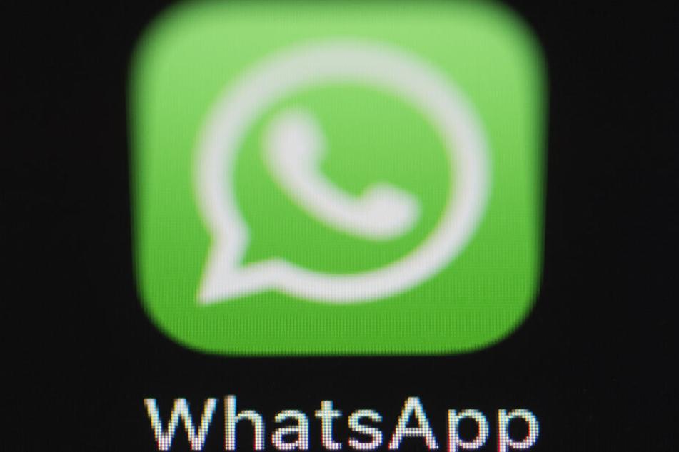 In Whatsapp leitete der Mann ein Foto weiter - was ihm nun zum Verhängnis wurde. (Symbolbild)