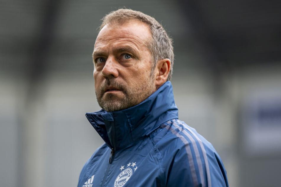 Hansi Flick soll den FC Bayern am Mittwoch gegen die Griechen führen.