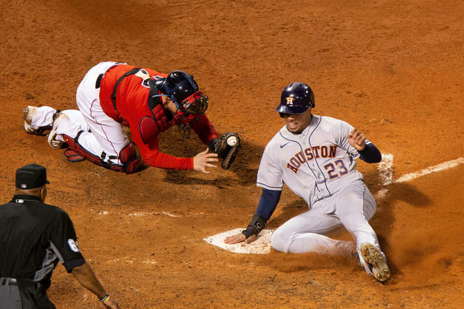 MLB: Astros tie up series with monster road win over the Red Sox