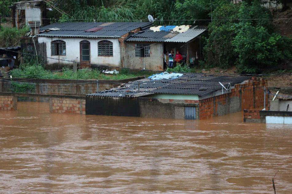 Mindestens 30 Tote und zahlreiche Vermisste nach heftigen Überschwemmungen