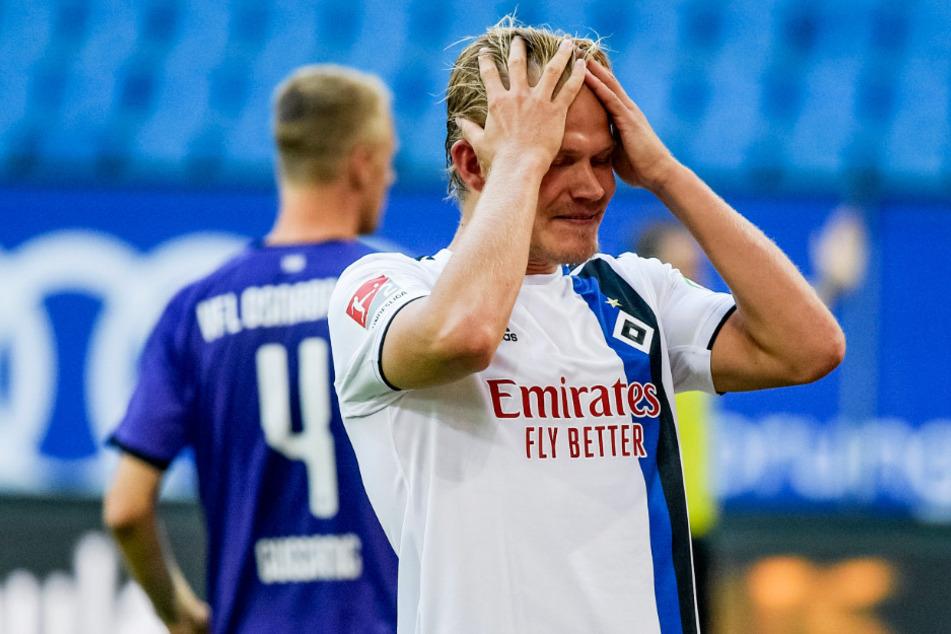 HSV-Stürmer Joel Pohjanpalo konnte es nicht fassen: Gegen den VfL Osnabrück gab es nur ein 1:1 und er selbst blieb komplett wirkungslos.
