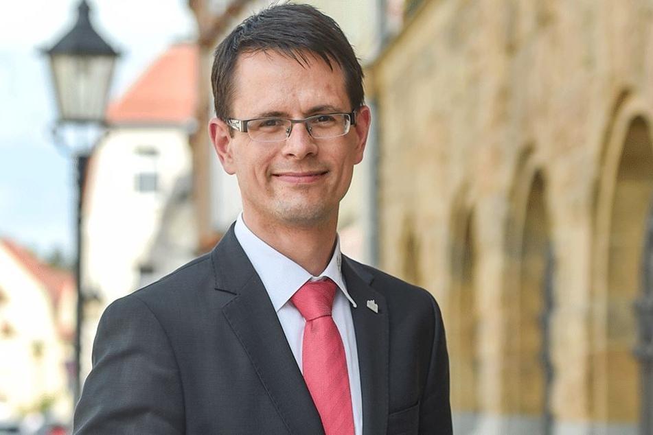 Werdaus Oberbürgermeister Stefan Czarnecki (36, CDU): Seine Stadt bietet für  den Ferienpark-Investor ideale Voraussetzungen.