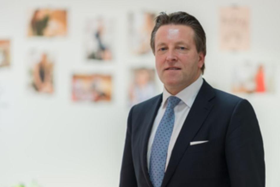 Das Unternehmen, geleitet von CEO Ralf Weber, schreibt auch weiterhin rote Zahlen.