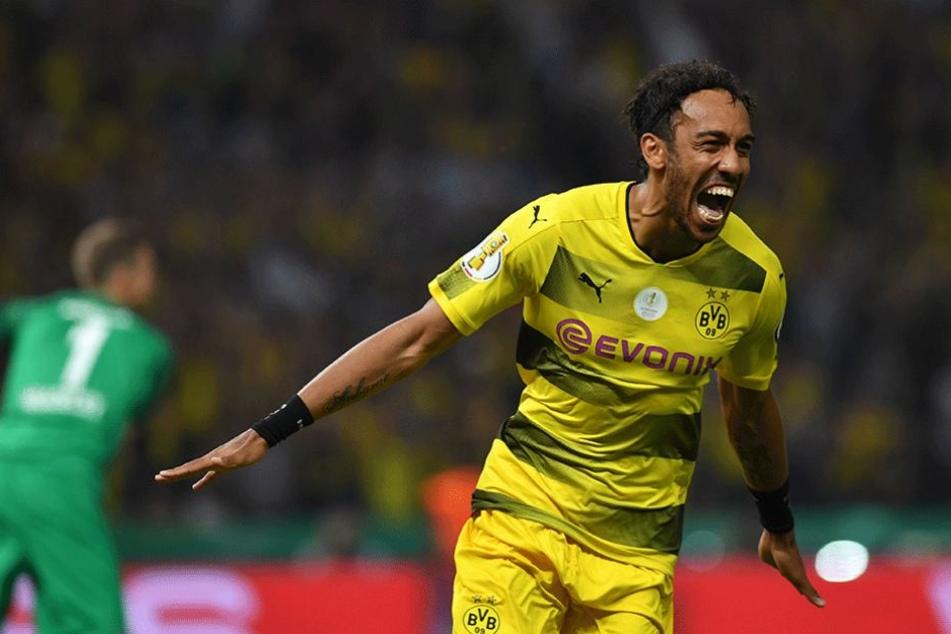 Pierre-Emerick Aubameyang jubelt über seinen Treffer zur Dortmunder 2:1-Führung.