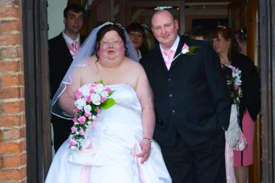 Engländerin zerreißt Hochzeitsfotos und trifft schwerwiegende Entscheidung