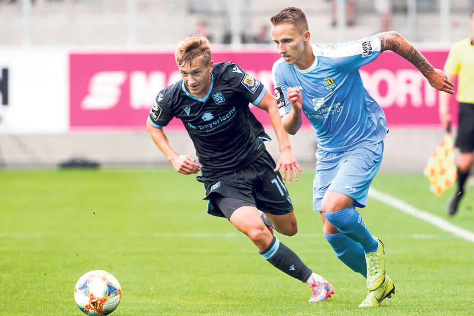 Paul Milde (r.) zählte zu den auffälligsten CFCern, zieht hier am Münchner Fabian Greilinger vorbei.