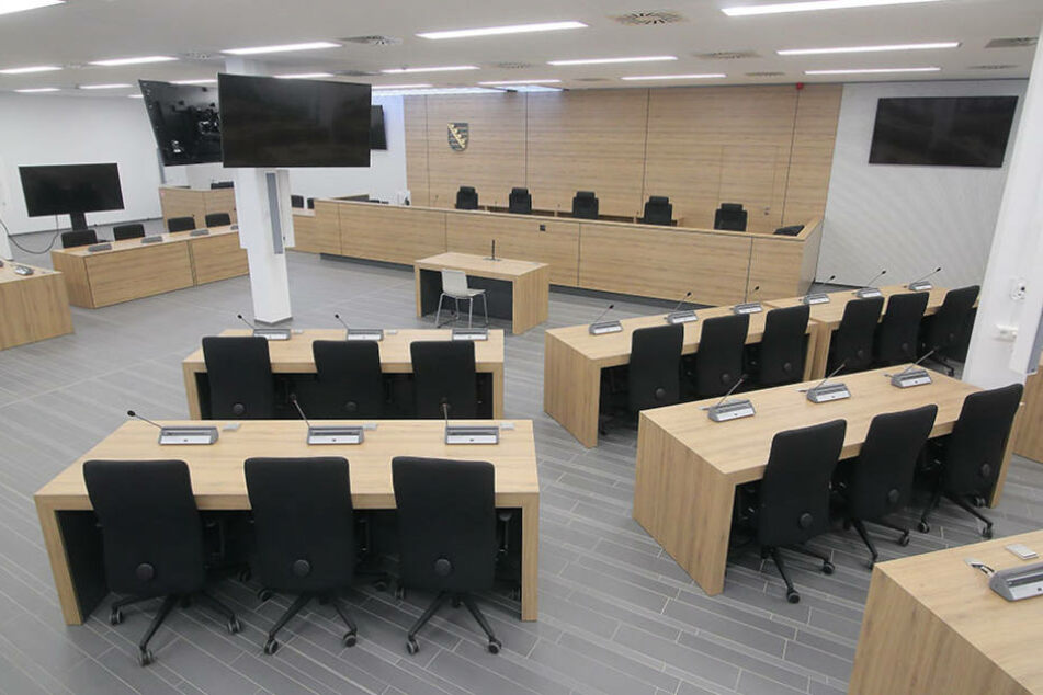 In diesem Saal wird der Senat unter Vorsitz von Richter Dr. Thomas  Fresemann (50) verhandeln.