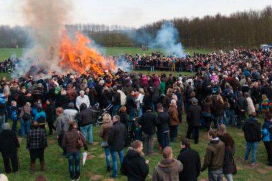 Feuer und Party: Das geht am Ostersonntag in OWL ab
