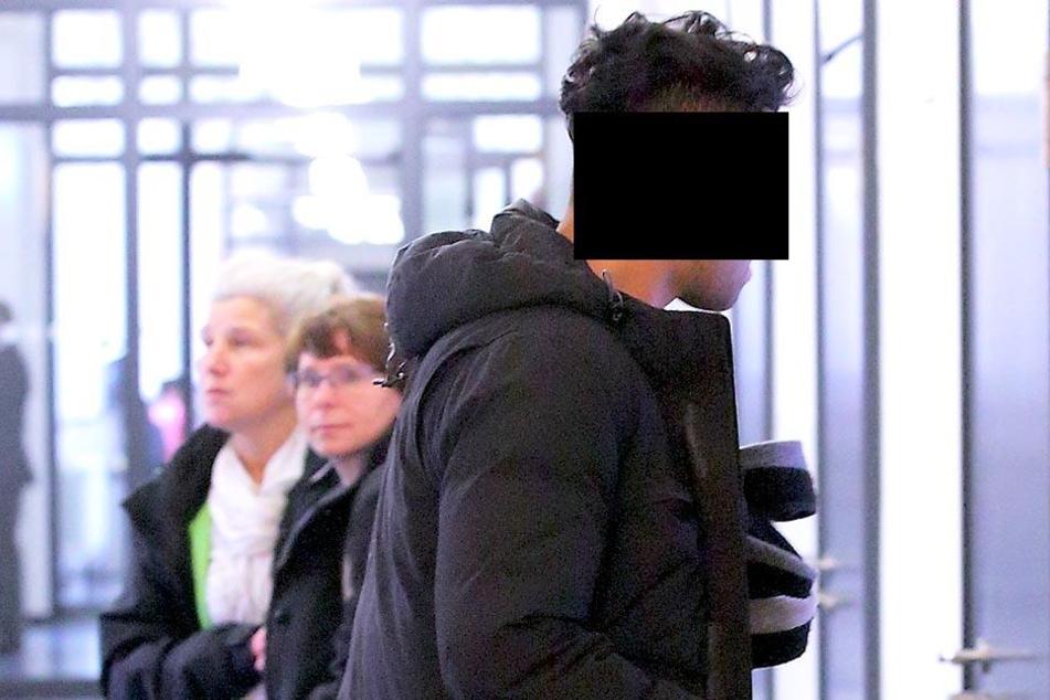Taha B. (28) erklärte dem Richter, wie er vermutlich ans Falschgeld kam.