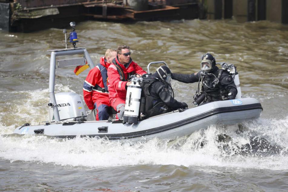 Die Einsatzkräfte bargen die Leiche aus dem Main (Symbolbild).