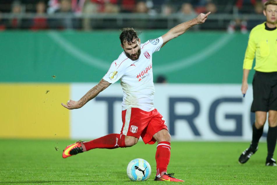 Könnte in der nächsten Saison das Lok-Trikot tragen: Mittelfeldspieler Sascha Pfeffer.