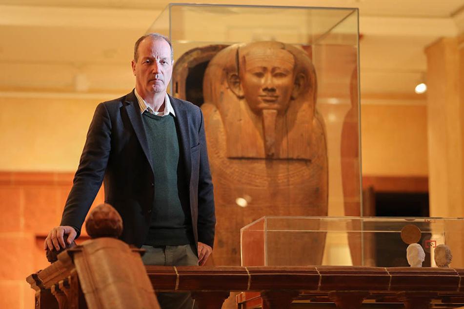 Er habe sein Hobby quasi zum Beruf gemacht, Ägyptologie an der Uni Heidelberg studiert und später promoviert, sagt Dietrich Raue.