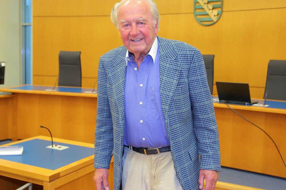 Johannes Gebbing Junior (88) hat die Beschwerde gegen die Nichtzulassung der Revision vor dem Bundesgerichtshof zurückgenommen.