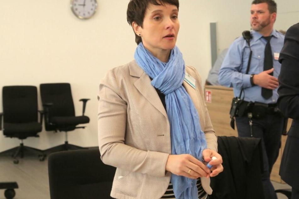 Meineid-Vorwurf: Ex-AfD-Chefin Frauke Petry steht heute vor Gericht