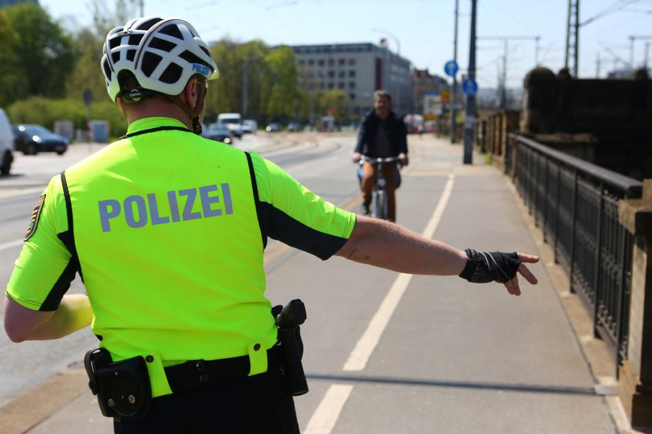 Auch Radfahrern drohen seit gestern höhere Bußgelder. Unerlaubt auf dem Bürgersteig zu fahren, kostet nun 25 Euro.