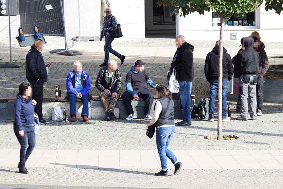 Dealer und Trinker prägen seit Langem das Bild des Postplatzes in der City.