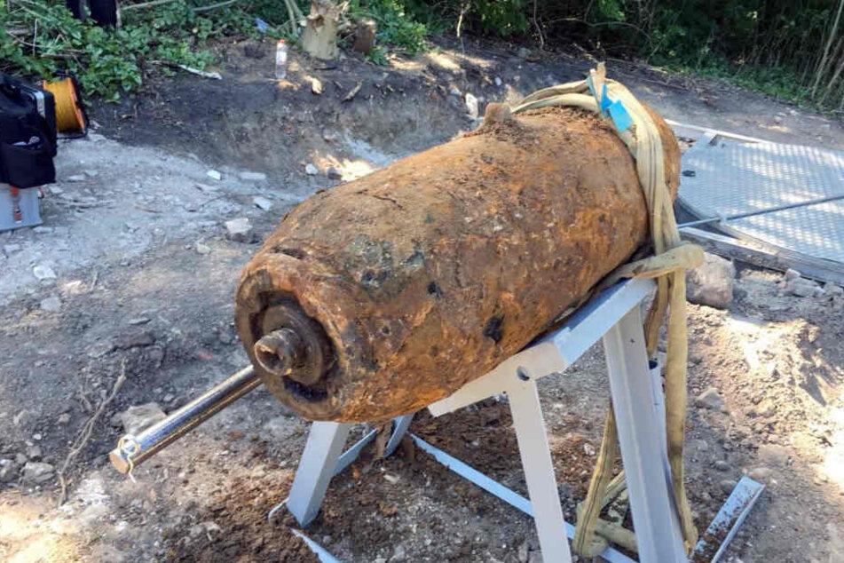 So sah die Fliegerbombe vor Beginn der Entschärfung aus.