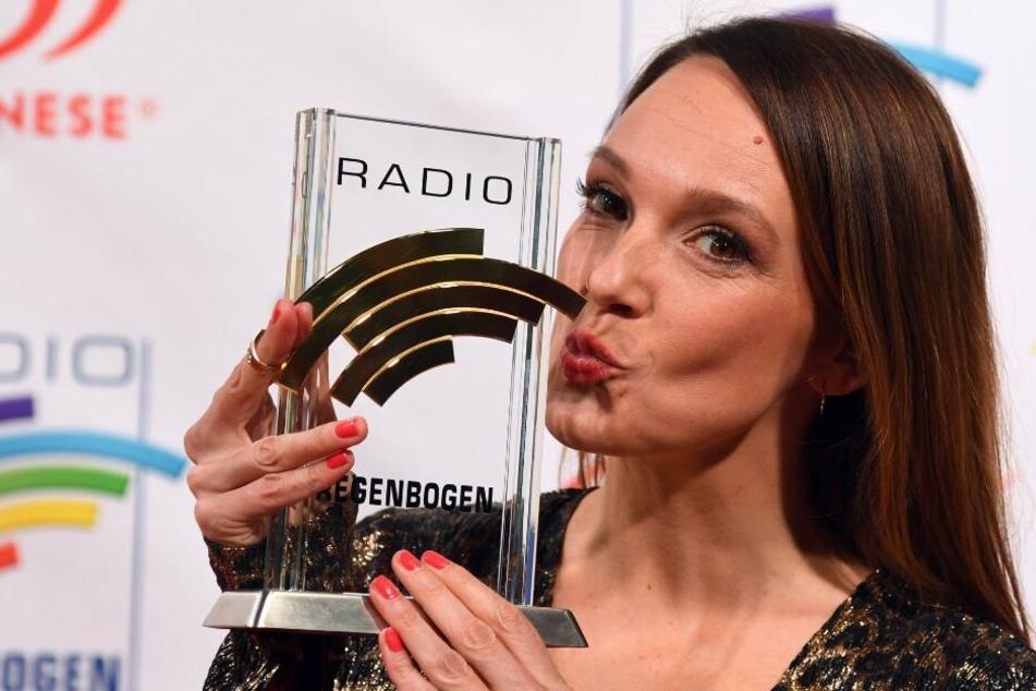 Carolin Kebekus (38) gewann den Radio Regenbogen Award 2018 in der Kategorie Comedy.