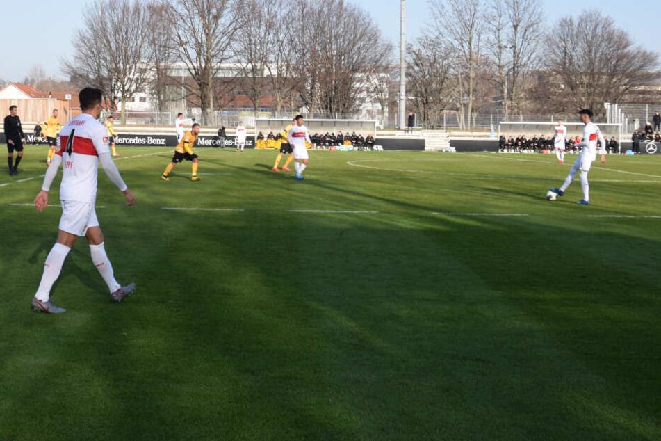 Rechts am Ball: Atakan Karazor vom VfB Stuttgart.