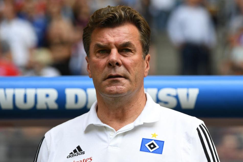 HSV-Trainer Dieter Hecking kann mit der Leistung im Testspiel nicht ganz zufrieden sein.