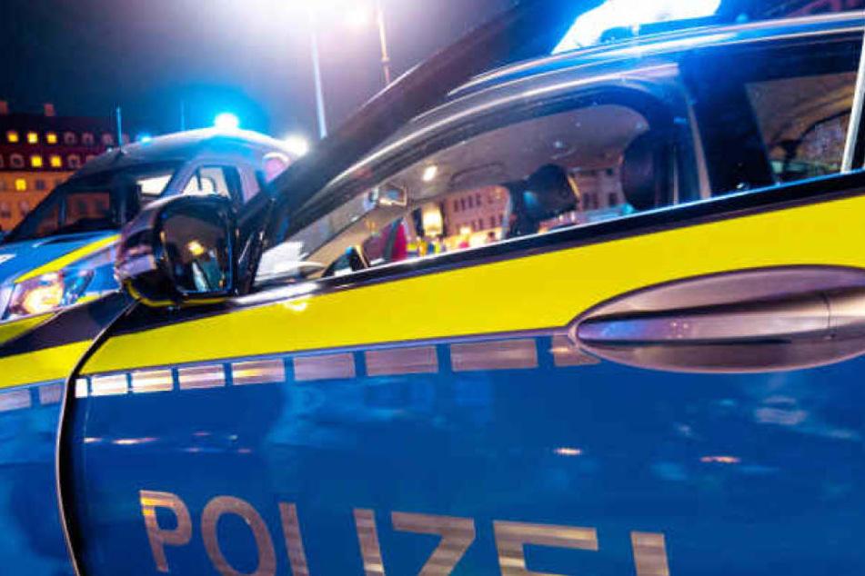 Die Polizei hat die Tatverdächtigen festgenommen. (Symbolbild)