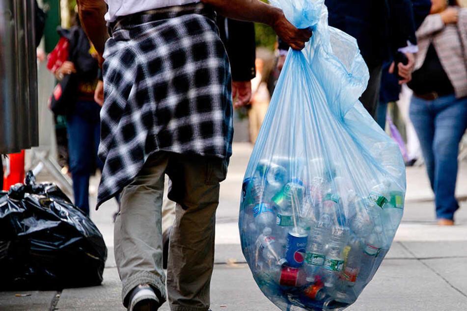Pfandflaschen sollen zukünftig in speziellen Behältern gesammelt werden.