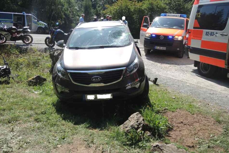 Beim seitlichen Zusammenstoß mit diesem Kia wurde der 32-jährige Däne so schwer verletzt, dass er noch am Unfallort verstarb.