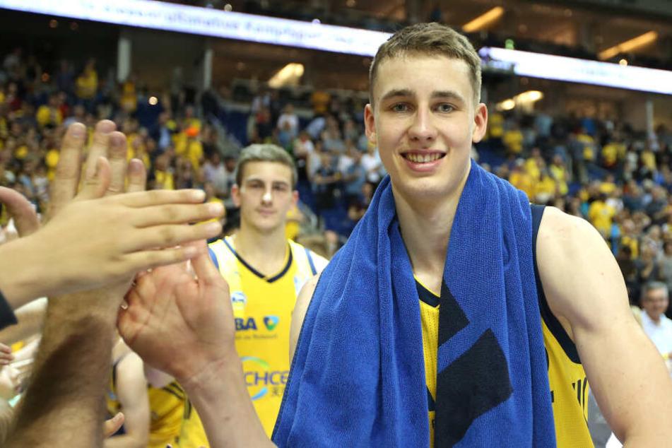 Wagner war in der vergangenen Saison als bester Nachwuchsspieler der Basketball-Bundesliga ausgezeichnet worden.