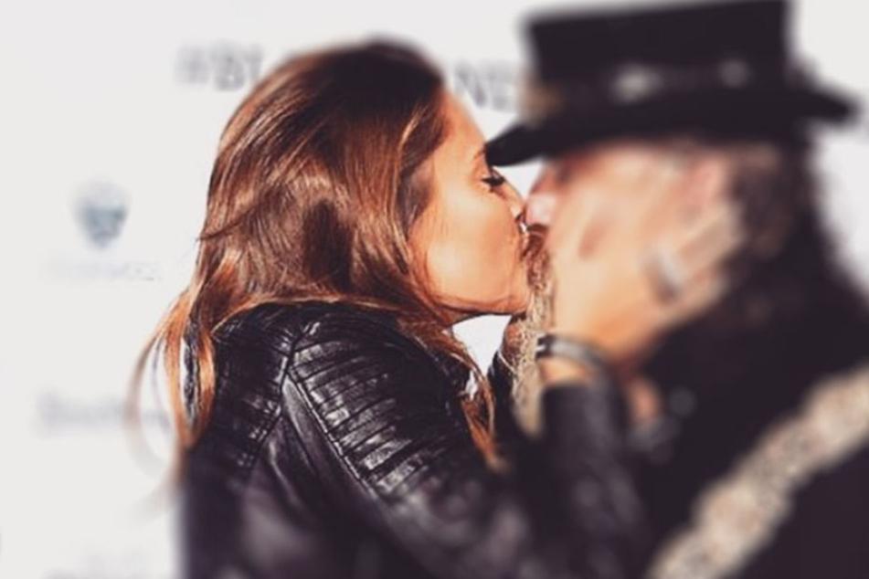 Wen küsst Sophia Thomalla denn da?