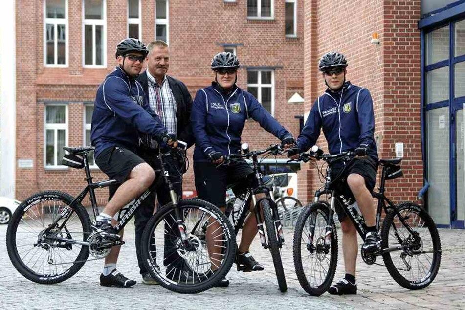 2010 präsentierte sich die Fahrradstaffel. Zum Radeln kommt der Stadtordnungsdienst selten.