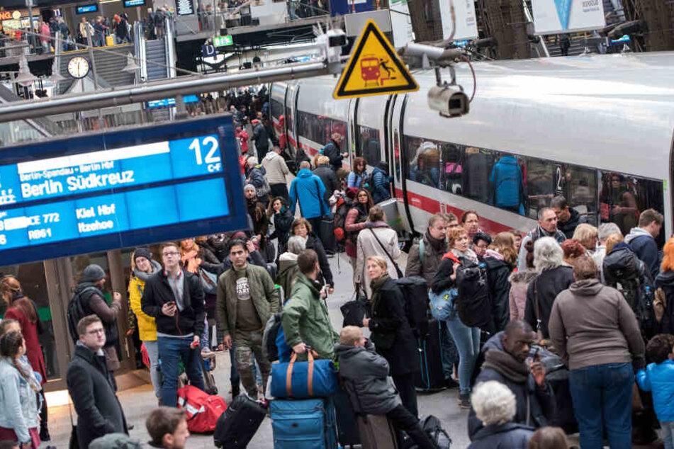 Auch bei der Deutschen Bahn wird mit einem hohen Passagieraufkommen gerechnet.