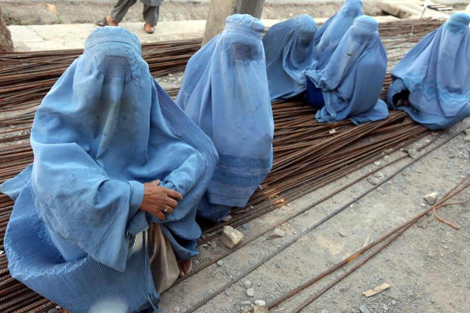 Wer in Österreich demnächst Burka trägt, der muss 150 Euro Strafe zahlen.