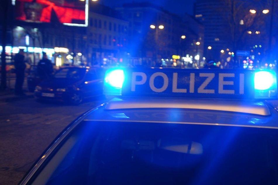 Als die Polizisten gegen 1.30 Uhr anrückten, fanden sie die betrunkene Frau. (Symbolbild)