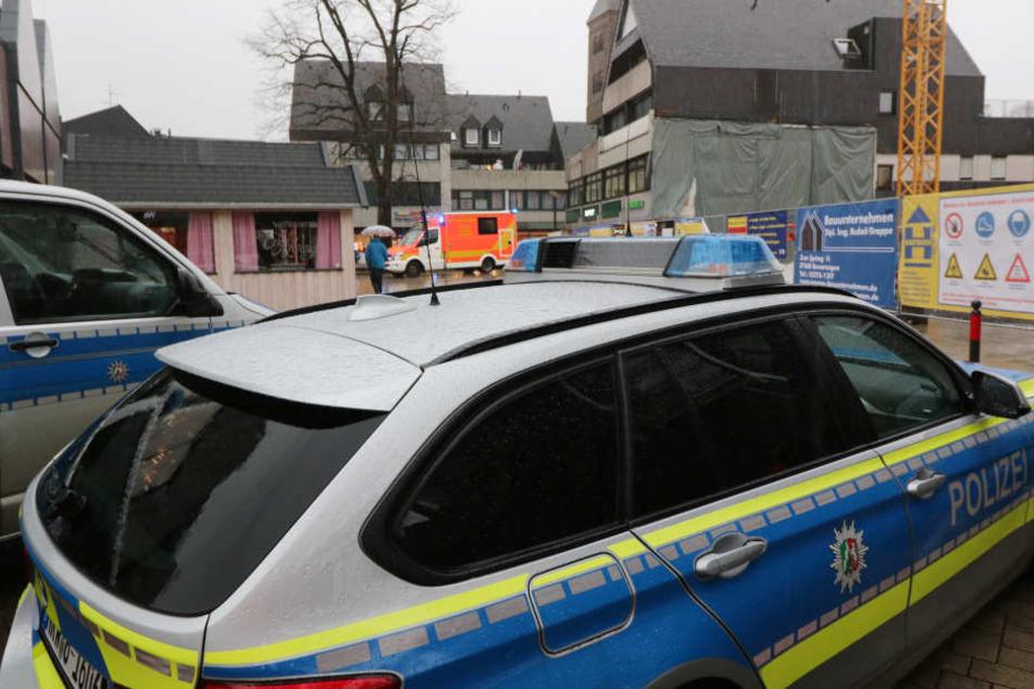 Polizei und Krankenwagen waren in Höxter im Einsatz.