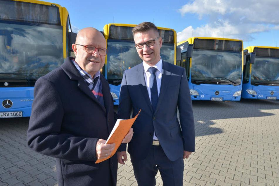 Erst im Dezember präsentierten Stefan Tschök von der CVAG und Ronny Mühlbach von Mercedes 13 neue Busse.