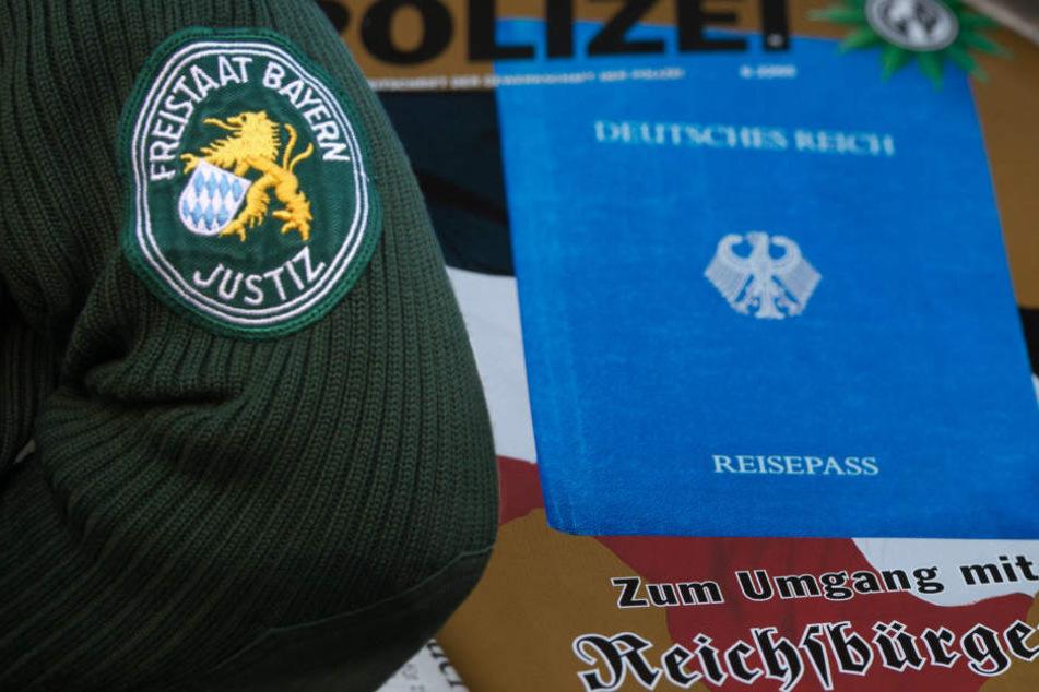 """Eine Bürgermeisterin aus dem Allgäu soll """"Reichsbürgern"""" nahe stehen. (Symbolbild)"""