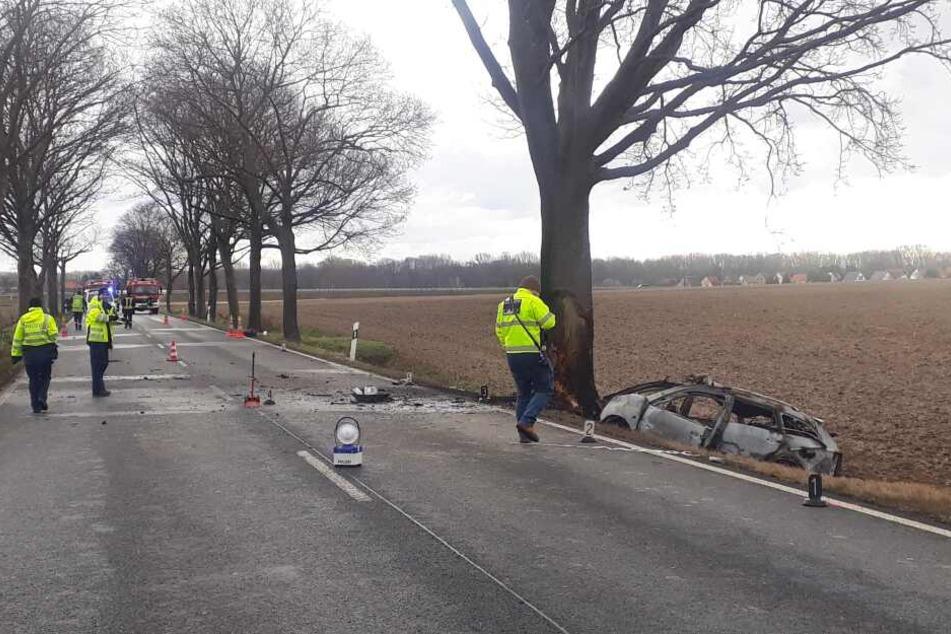 An der Unfallstelle wird ermittelt.