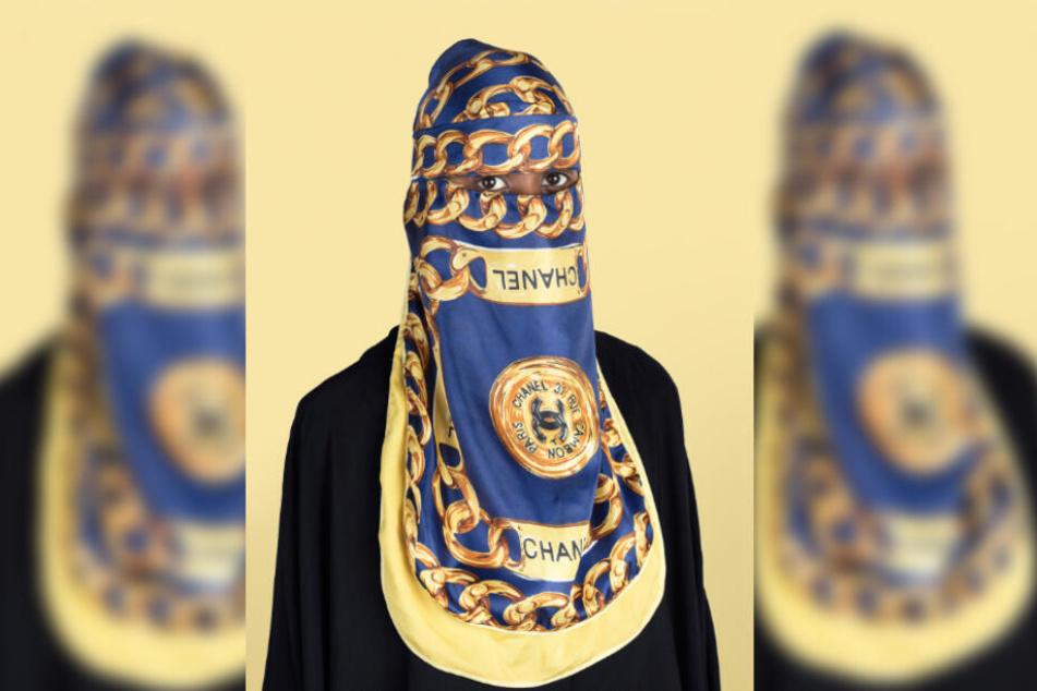Ein Foto aus der Serie Al-Kouture von Al-Badry, Wesaam.