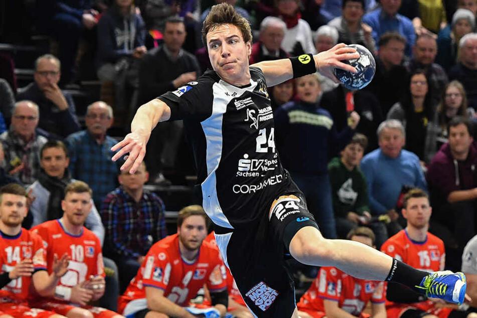 Robin Hoffmann im Angriff. Der 22-Jährige zeigte sich im Abschluss kaltblütig, ballerte seinen HCE auf die Siegerstraße.
