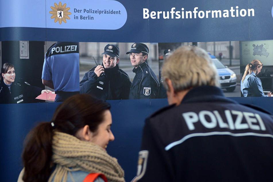 Die Polizei sucht händeringend neues Personal.
