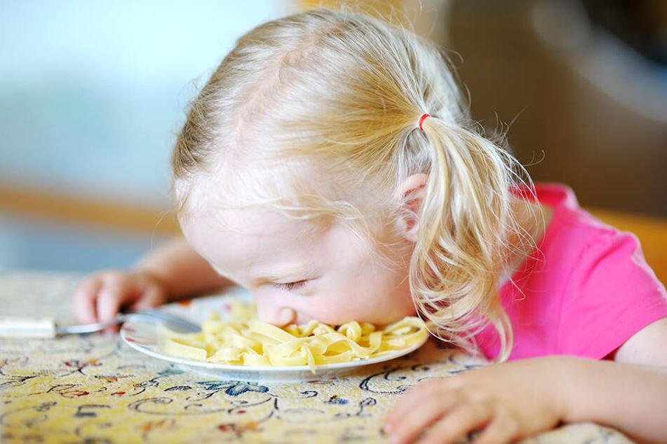Nudeln mit Soße haben Kinder zum Fressen gern. Aber leider wird auch dieses einfache Essen in Restaurants oft nicht vollwertig gekocht.